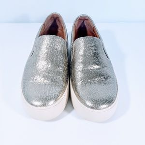 FRYE LENA METALLIC SILVER SLIP ON SZ 6.5M